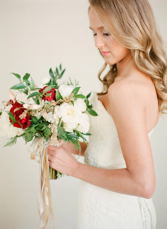 Winter Wedding Flowers - Stone House Creative