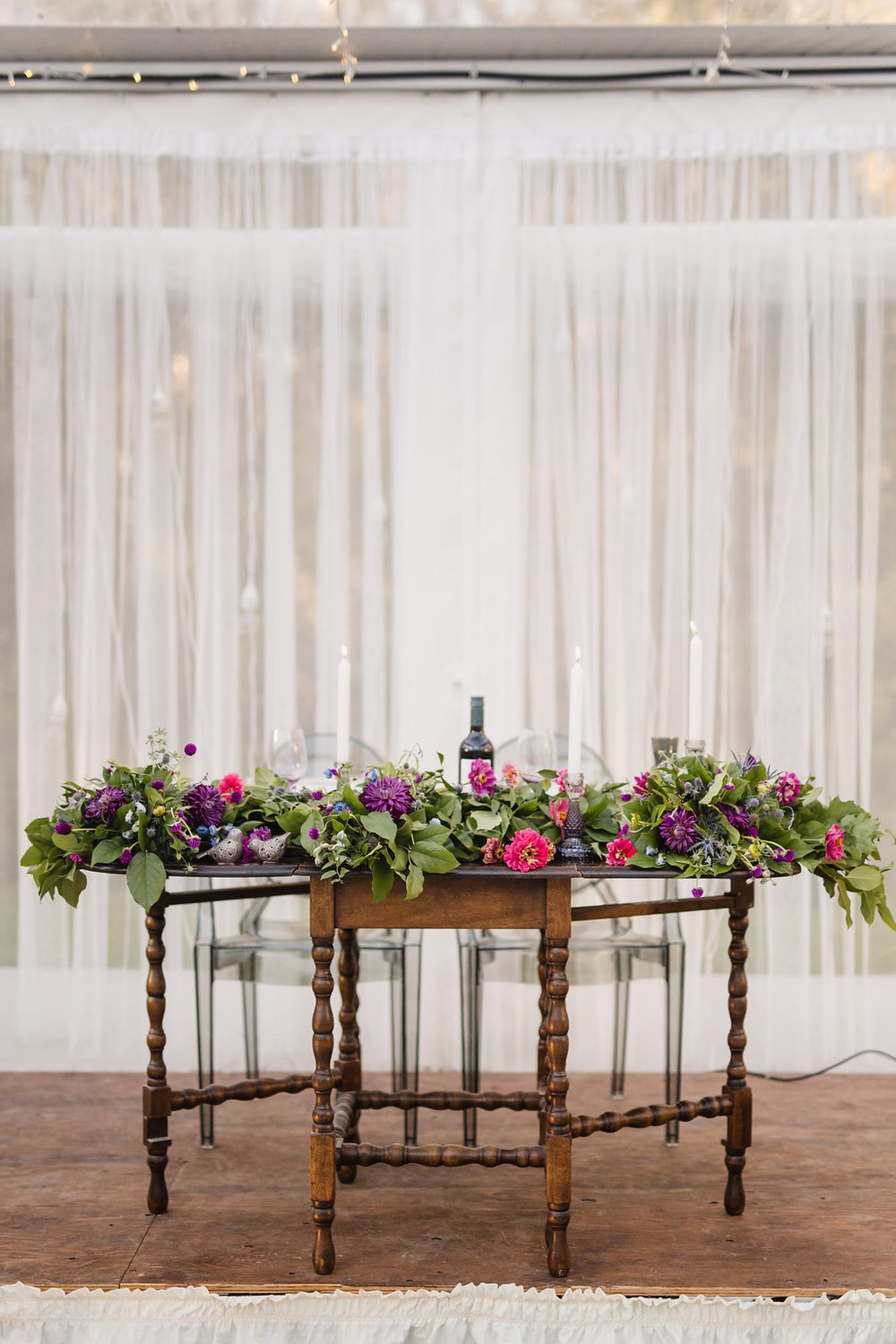 Sweetheart Table Wedding Flowers - Stone House Creative