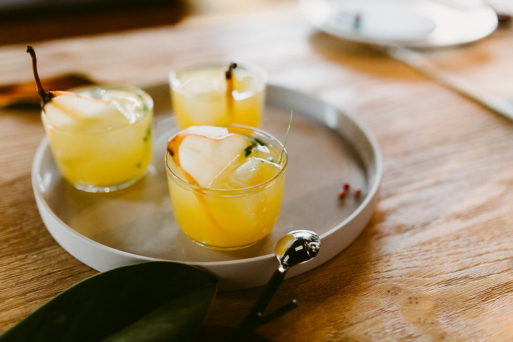Spiced Ginger and Pear Cocktail Recipe - Winter Wedding Ideas