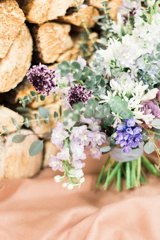 Textured Winter Wedding Flowers - Winter Weddings winnipeg