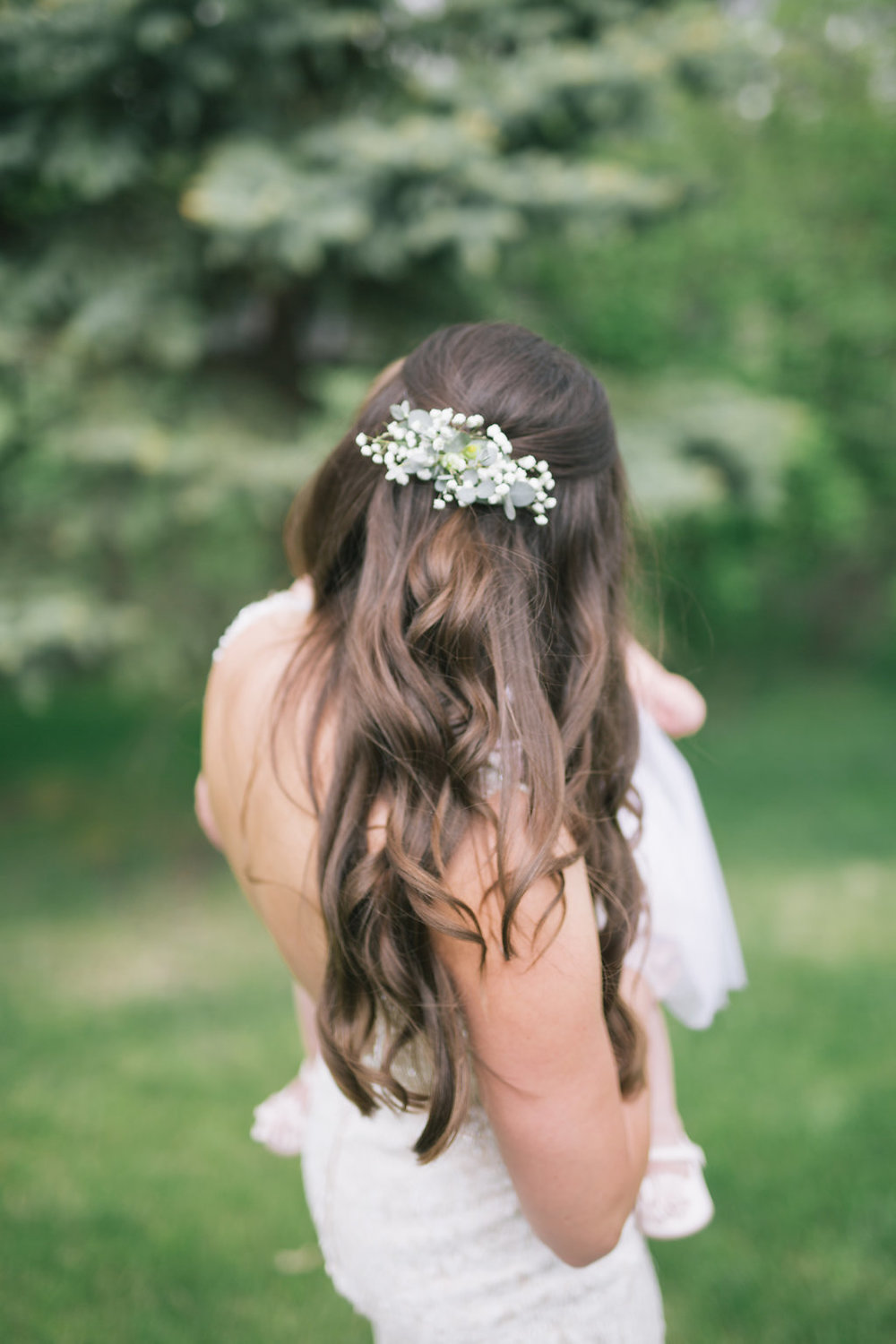 Baby's Breath Wedding Hair Piece - Wedding Flowers Winnipeg