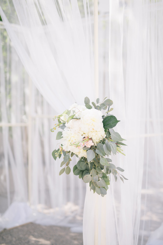 WAG Rooftop Wedding - Winnipeg Wedding Florists