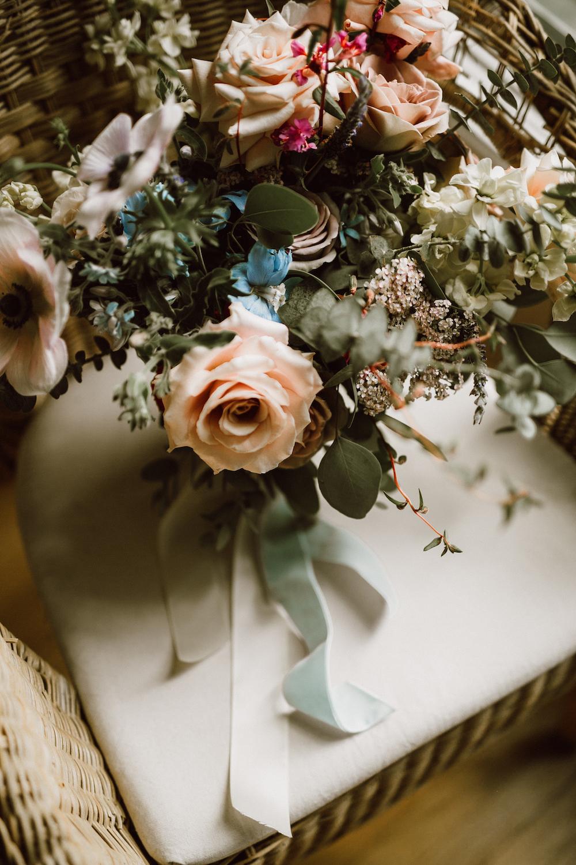 Velvet Bridal Bouquet Ribbon - Weddings in Winnipeg