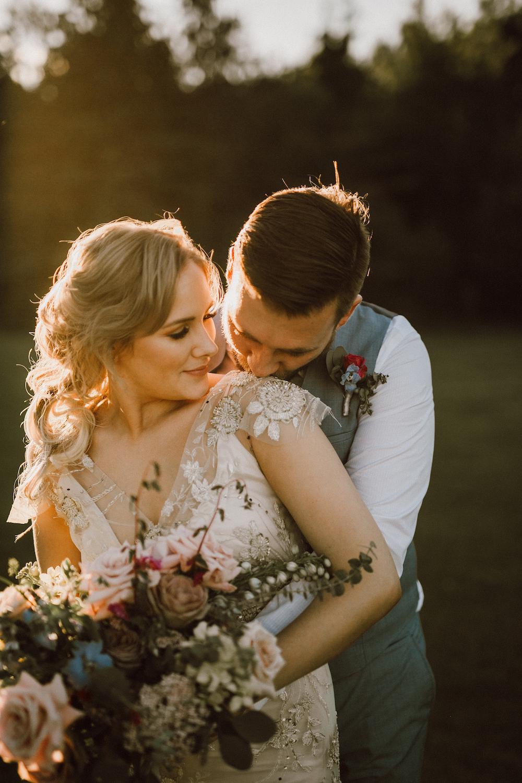 Sunset Wedding Photos - Winnipeg Wedding Florist