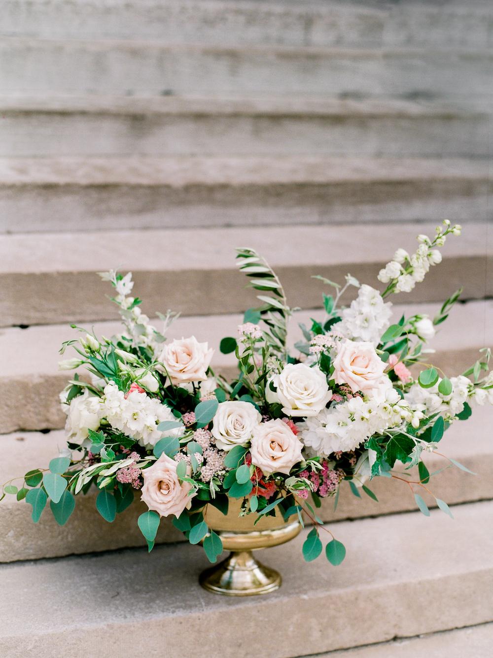 Garden Inspired Wedding Flowers - Winnipeg Wedding Florists