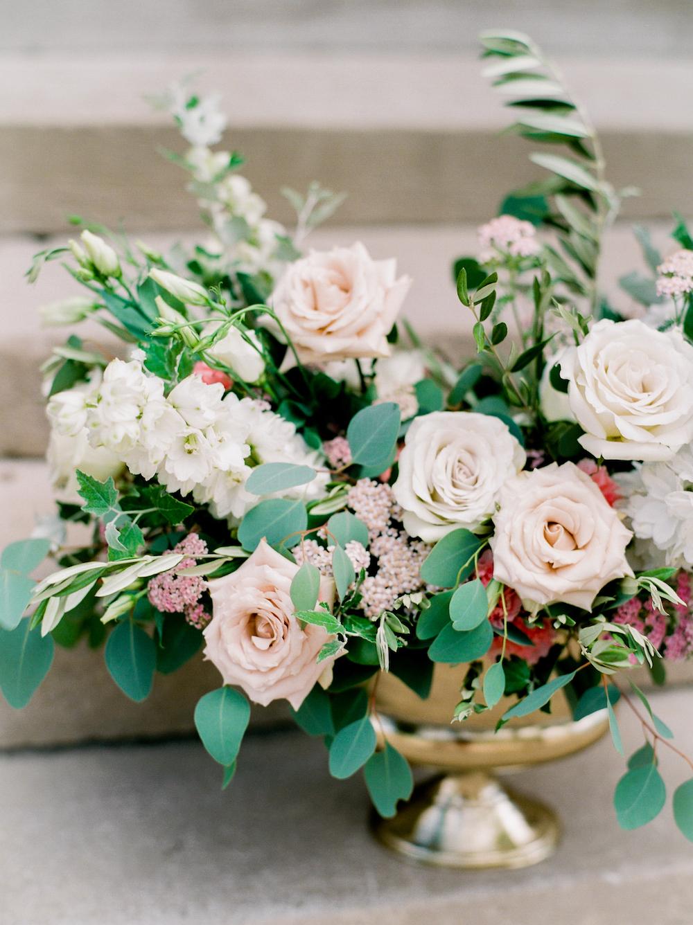 Wedding Ceremony Flowers - Winnipeg Wedding Florists