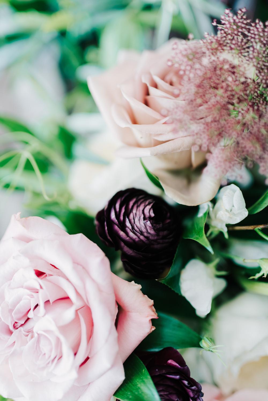 Locally Grown Wedding Flowers - Winnipeg Weddings