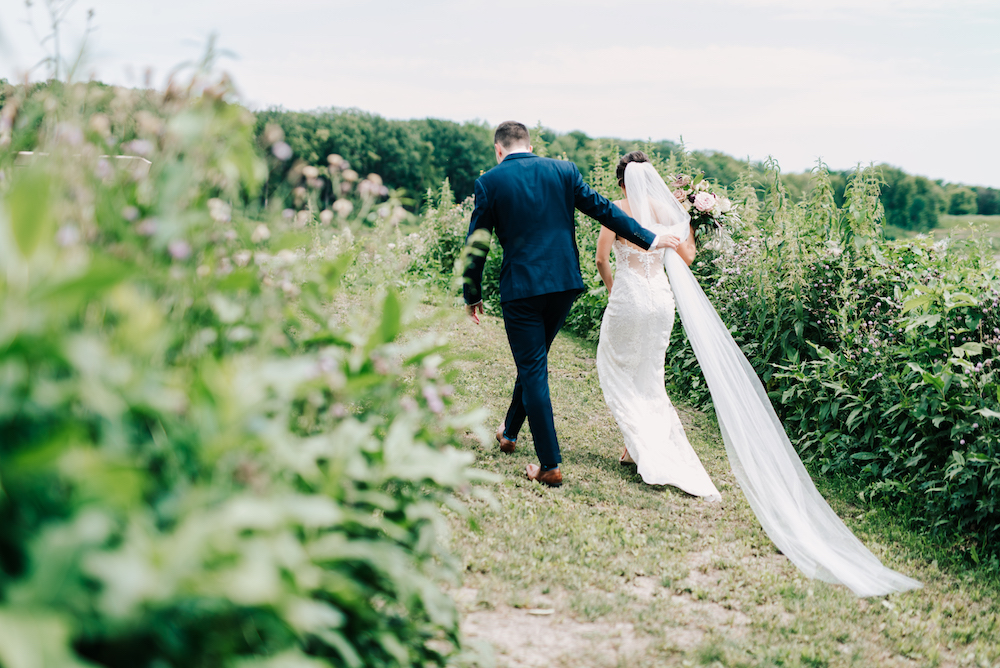 Romantic Winnipeg Wedding - Stone House Creative