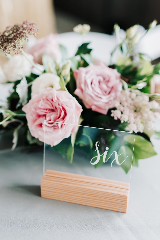 Organic Wedding Flower Ideas - Wedding Centrepieces