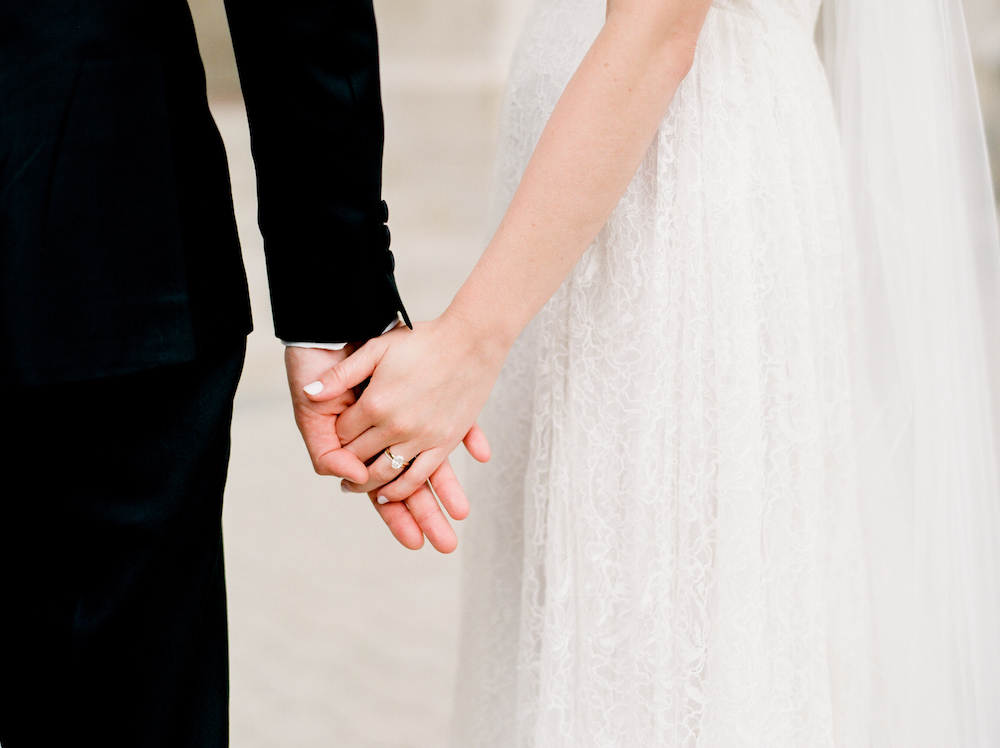 Elegant Winnipeg Wedding - Fort Garry Hotel Wedding