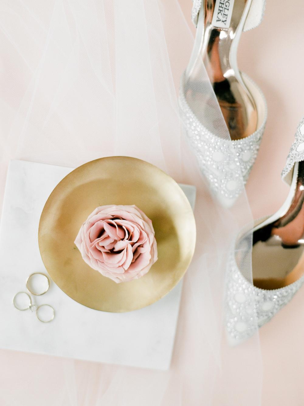 Blush and Gold Wedding - Wedding Flowers Winnipeg