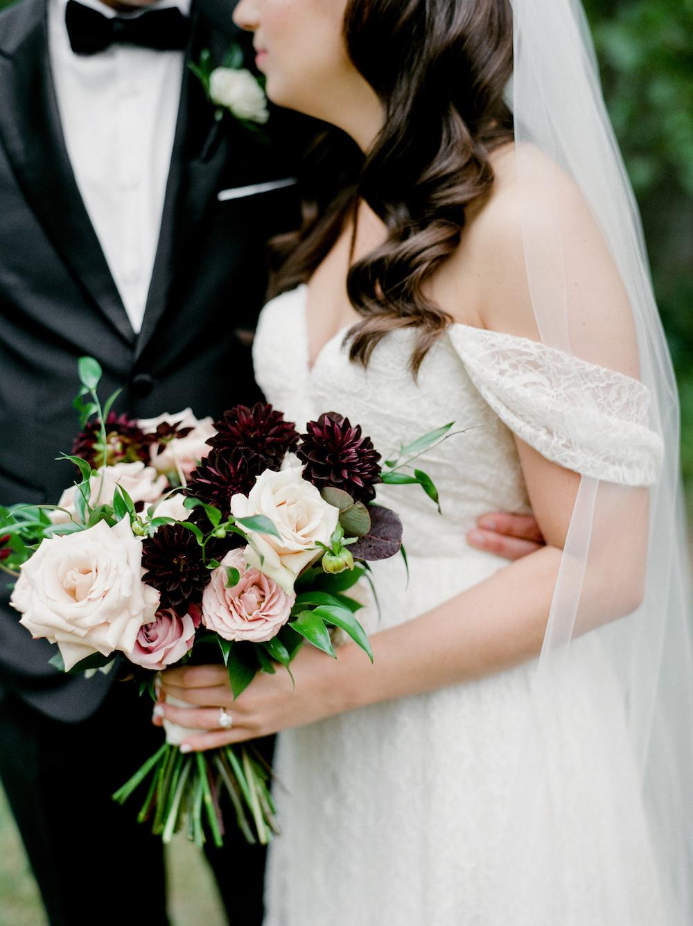 Elegant Summer Wedding Flowers - Winnipeg Wedding Florist