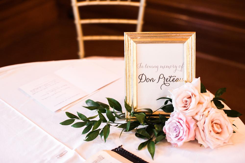 Memory Table at Wedding - Unique Wedding Ideas
