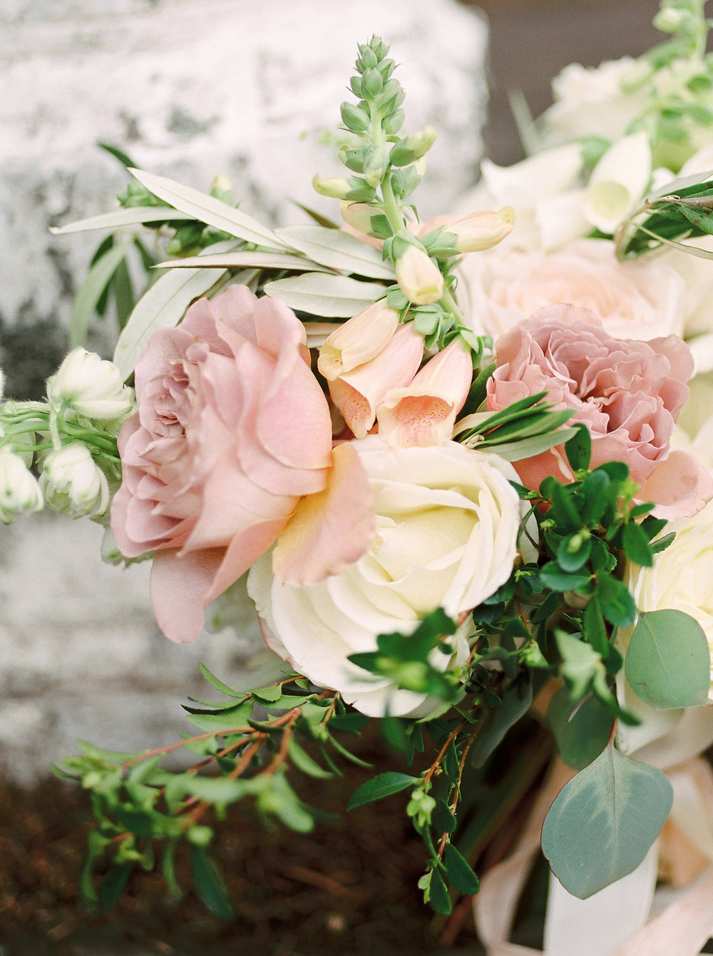Rose Gold Wedding Flowers - Winnipeg Wedding Florists