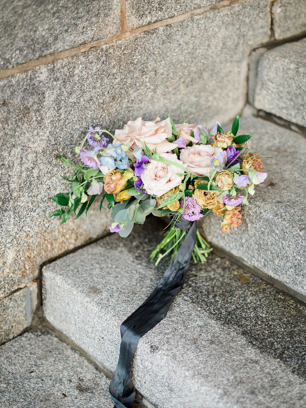 Garden Inspired Wedding Flowers - Winnipeg Wedding Florists