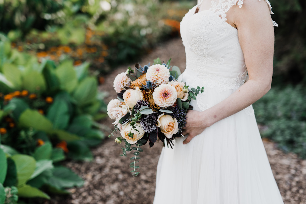 Textured Fall Wedding Flowers - Stone House Creative