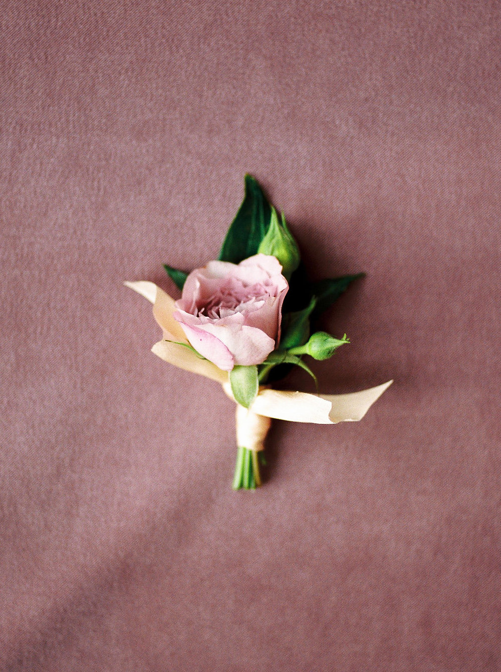 Simple Wedding Boutonniere - Spray Rose Boutonnieres