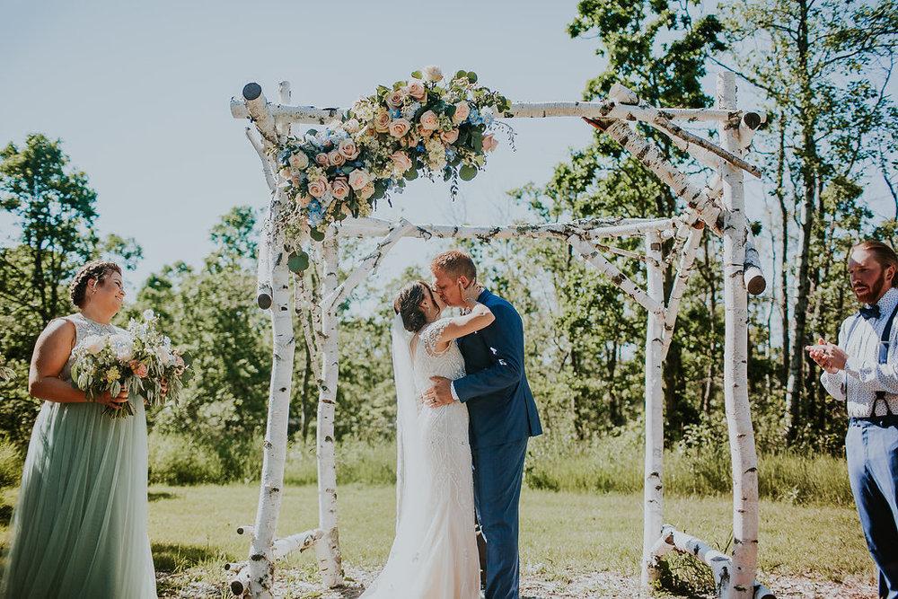 Pineridge Hollow Wedding - Outdoor Wedding Ceremony