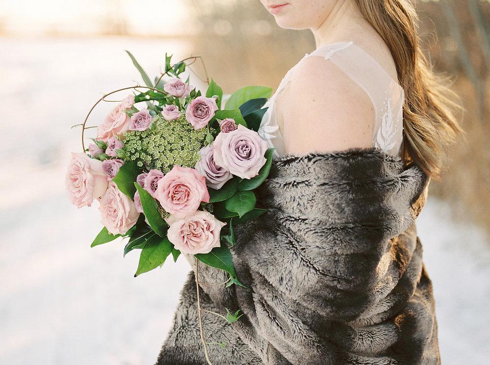 Winter Wedding Flowers - Romantic Winter Wedding Flowers