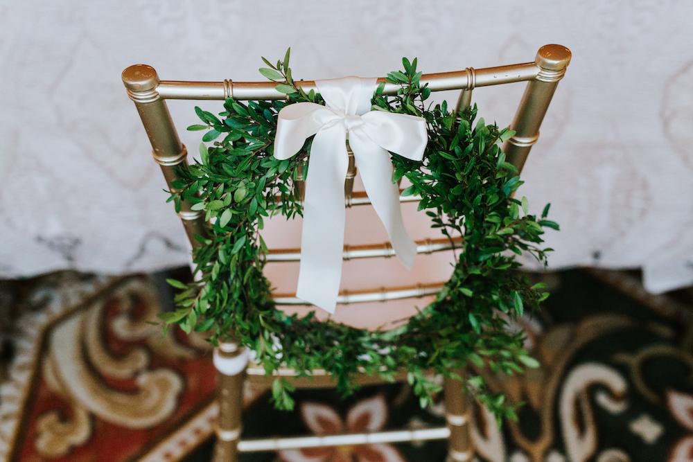 Bride and Groom Chairs - Winnipeg Wedding Ideas