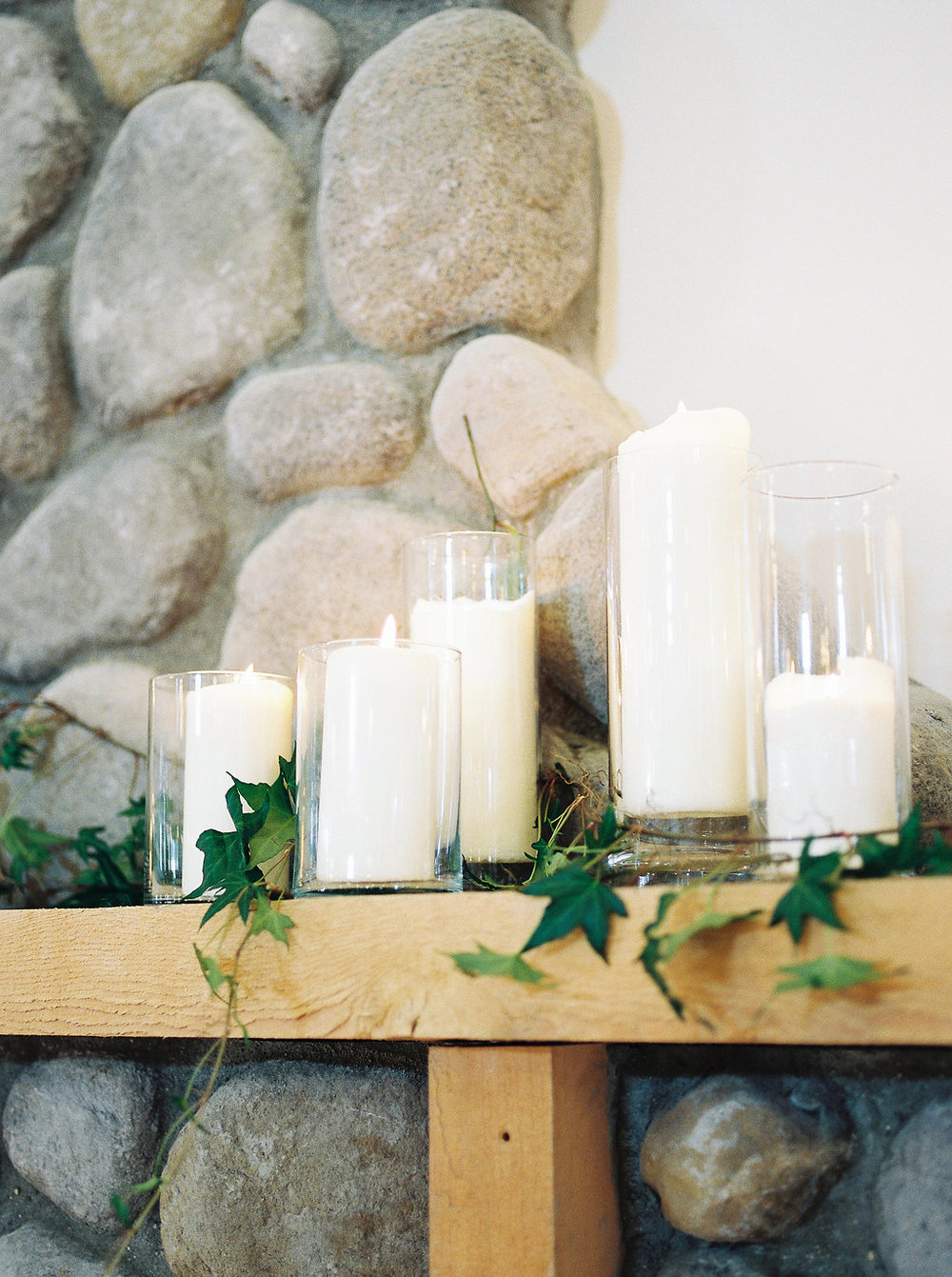 Winter Wedding Decor - Whitetail Meadow Weddings