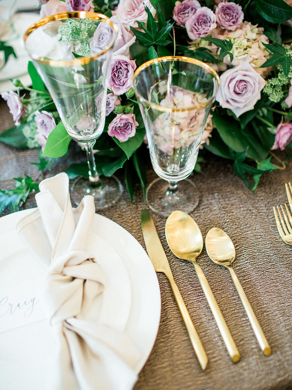 Metallic and Pastel Weddings - Stone House Creative