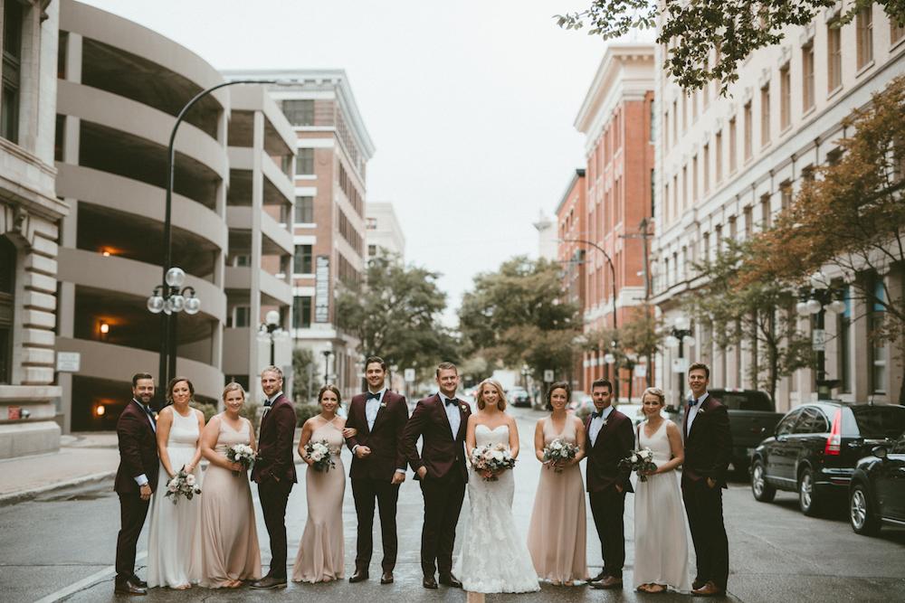 Wedding Florist in Winnipeg - Downtown Winnipeg wedding photos