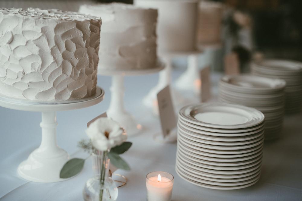 Simple Wedding Flowers - Budget-Friendly Wedding Flowers