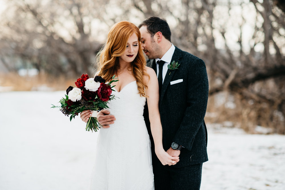 Winter Wedding in Winnipeg - Stone House Creative