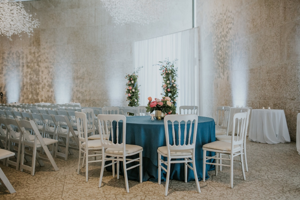 Winnipeg Art Gallery Wedding - Cocktail Style Weddings in Winnipeg
