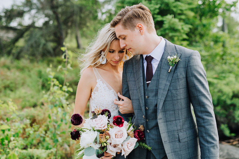 Lake of the Woods Wedding Florist - Stone House Creative