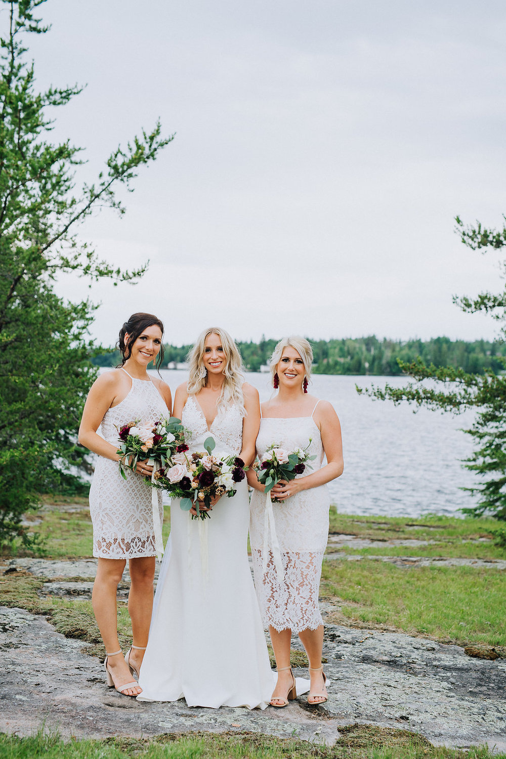 Lake of the Woods Wedding Flowers - Outdoor Lake Wedding Inspiration