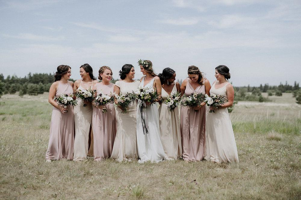 Pineridge Hollow Weddings - Winnipeg Wedding Florist
