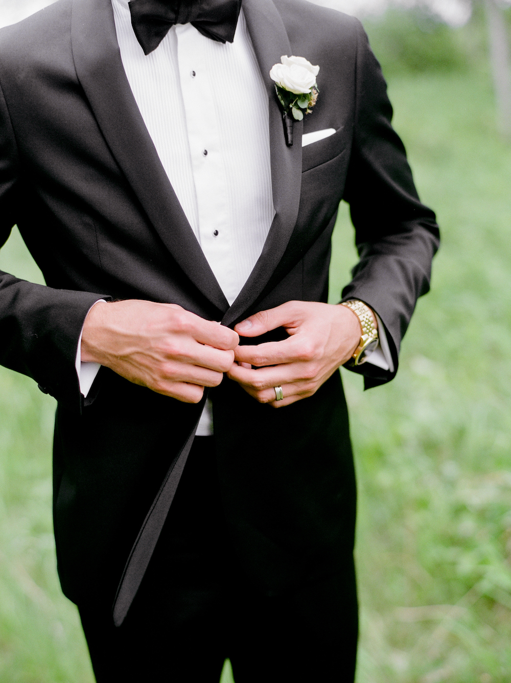 Elegant Black Tie Wedding - Wedding Florist in Winnipeg