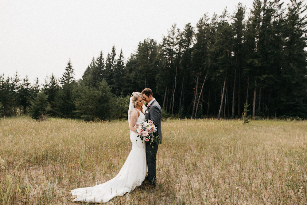 Wedding Photos at Birdshill Park - Pineridge Hollow Weddings