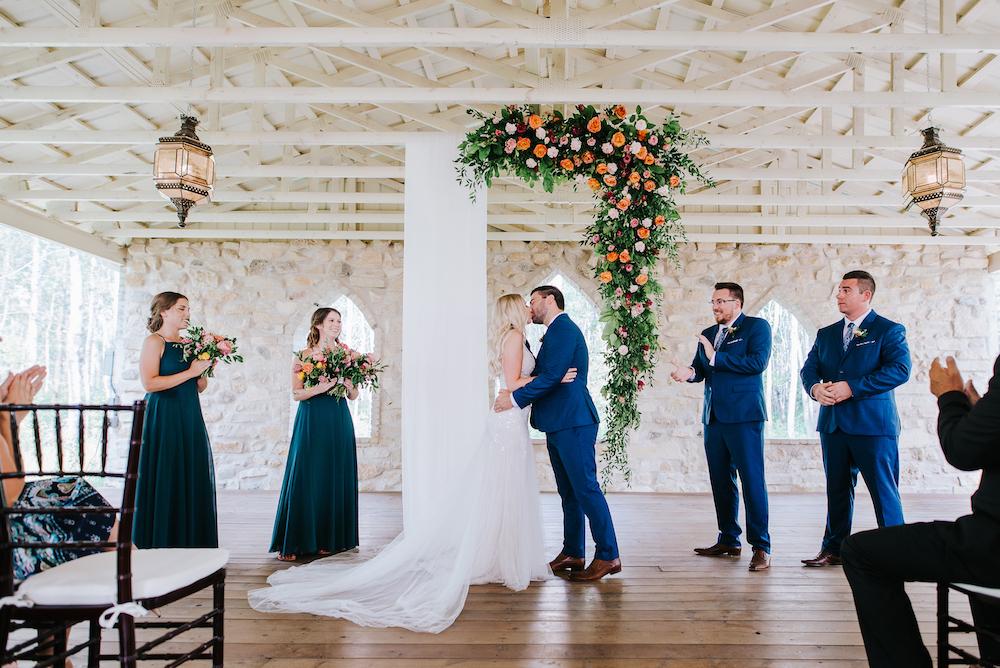 Winnipeg's Best Wedding Florist - Find a Florist in Winnipeg