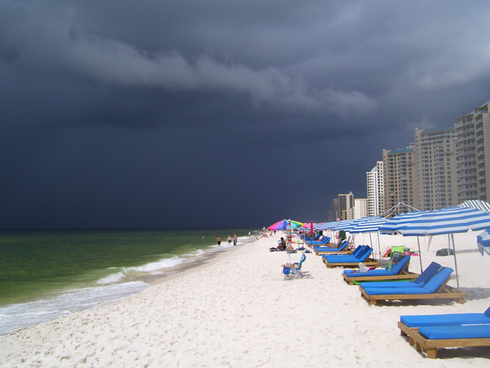beach-storm-cloud