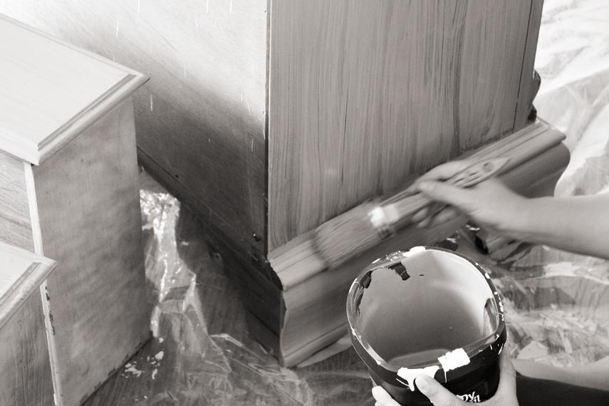 dresser-painting-annie-sloan-chalk-paint