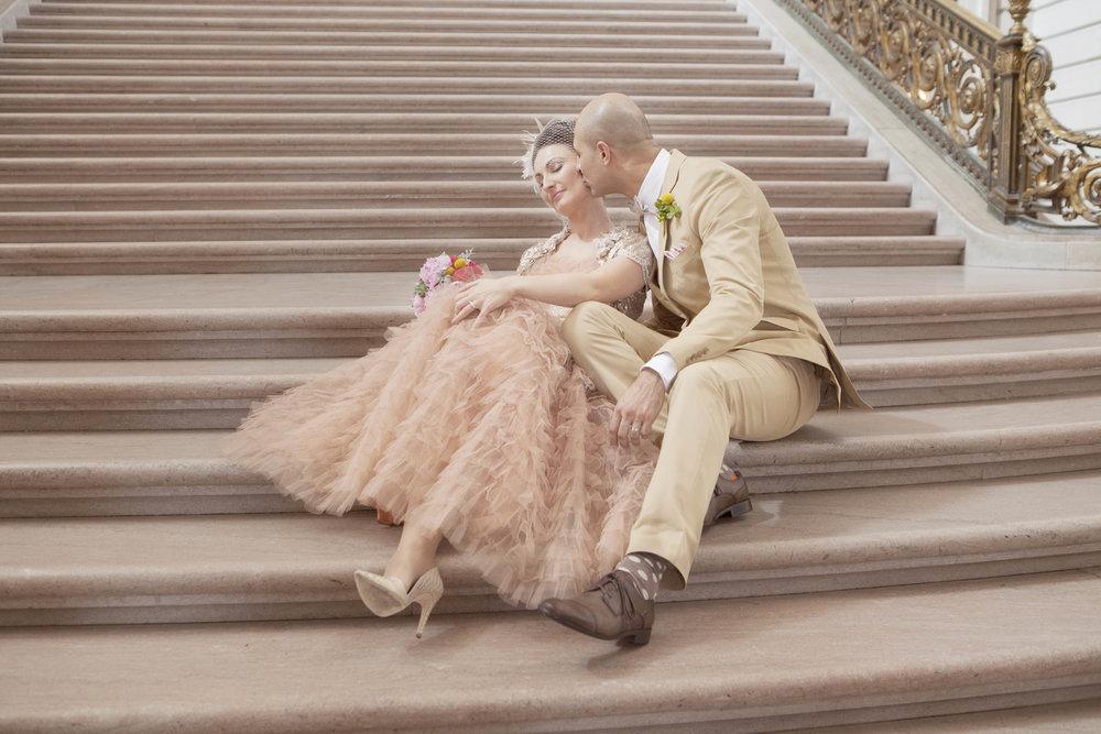 champage_blush_wedding_dress_san_francisco_city_hall_wedding.jpg