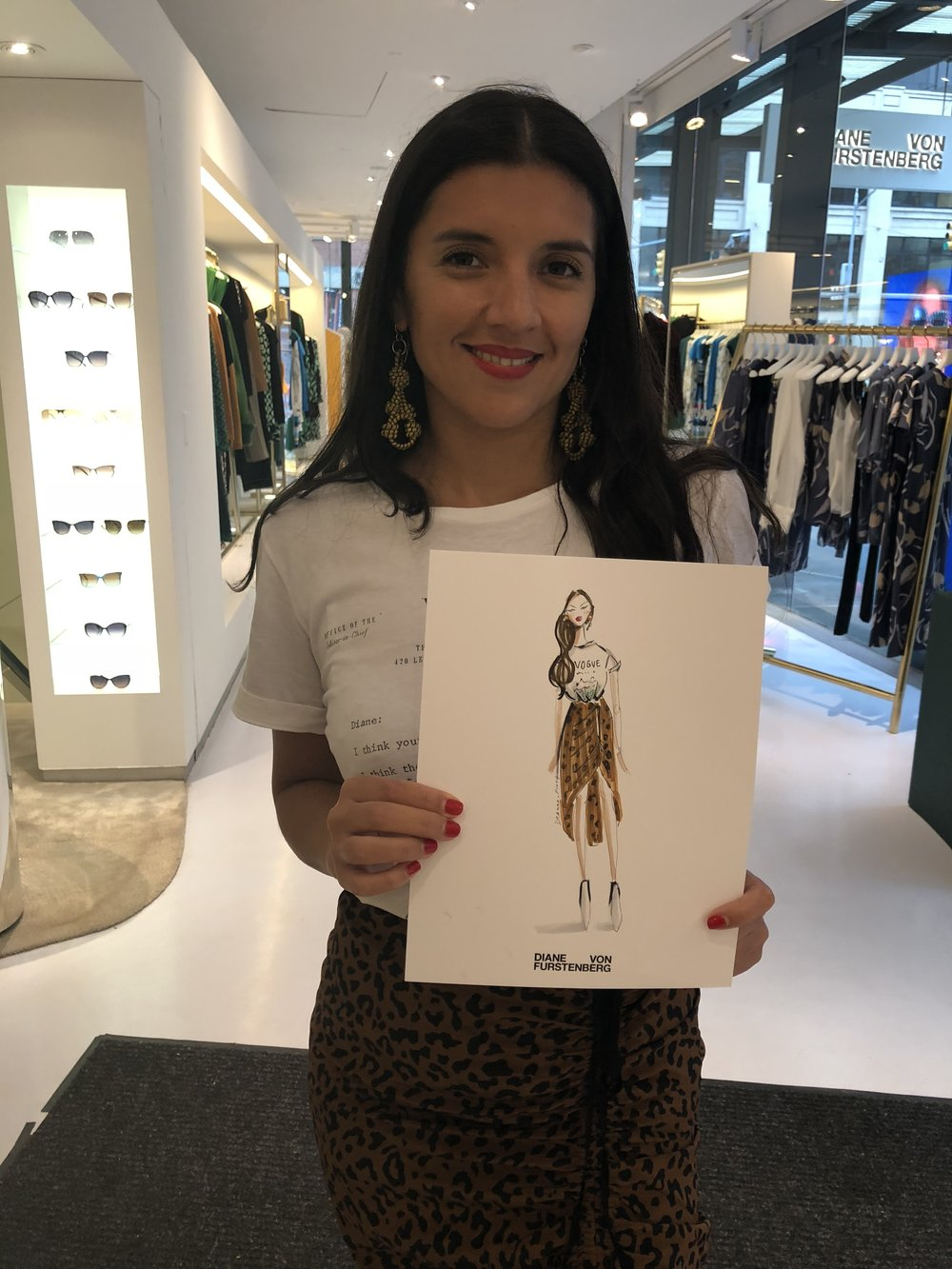 Katy Fonseco with her custom sketch by Deanna First