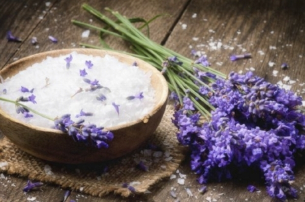 lavender-honey-salt-scrub-from-DIY-organic-beauty-book.jpg