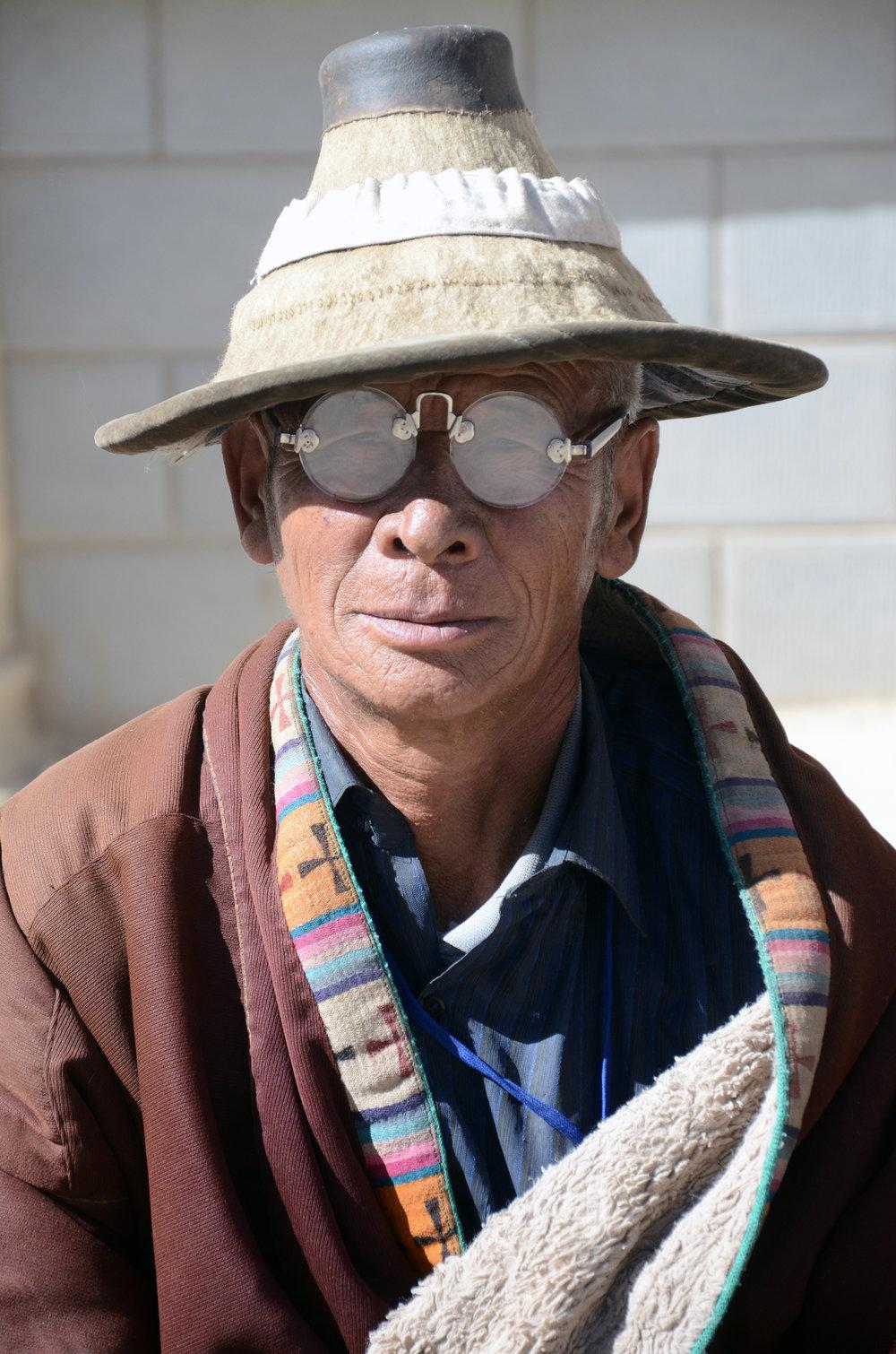 tibetan-man-in-amdo-qinghai-huangnan-tibet-china.jpg