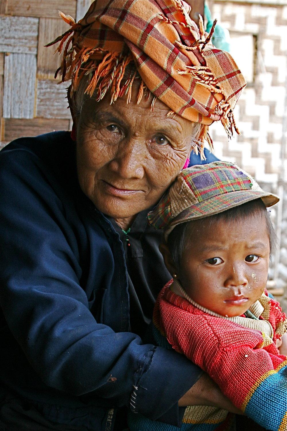 shan-woman-and-grandson-in-myanmar-travel-exploring-burma-shan-state.jpg