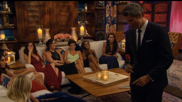 (Arie! Why are you crashing Girl's Night?!)