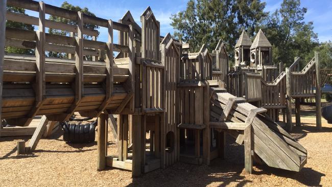 middleparkcommunityplayground.jpg