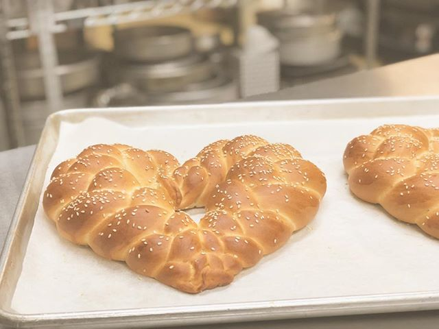 The perfect way to say I ❤️you. #heartchallah