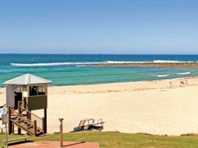 TOOWOON BAY BEACH  NSW -   Features  Accessible Beach Matting