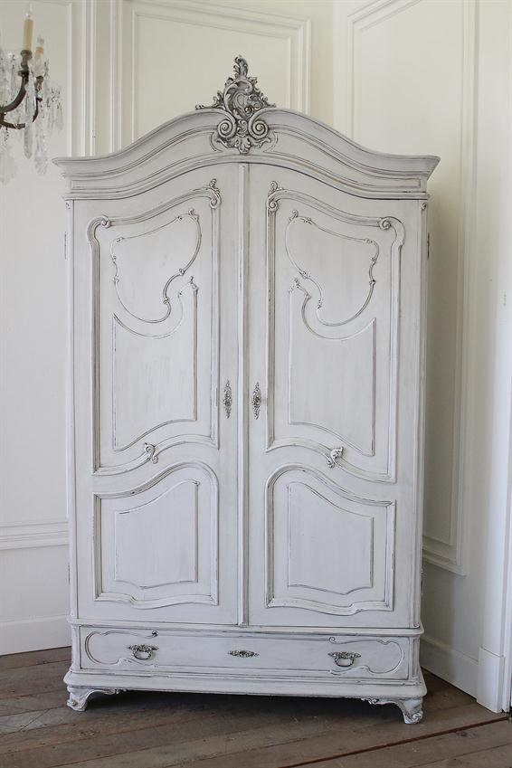 LouisXV_style_painted_armoire.jpg