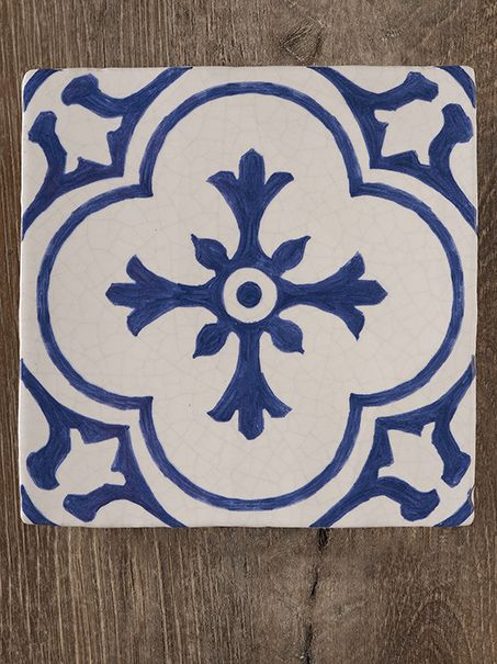 original_motifs_18th_century_tiles.jpg