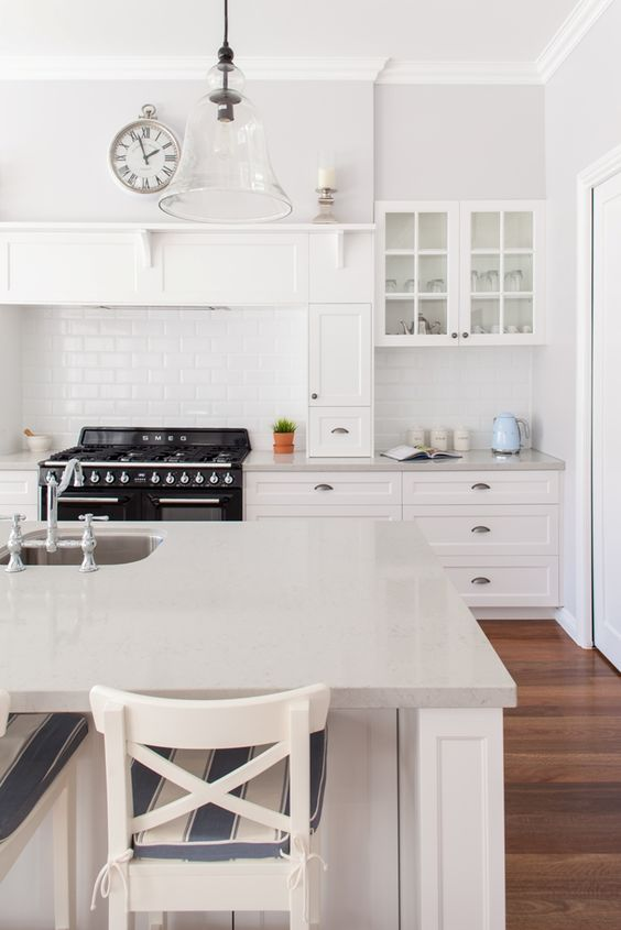 Epic Guide To Designing A Spectacular Hamptons Kitchen